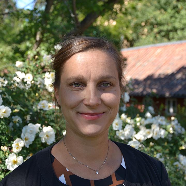 Linda Lausson : Programme Coordinator (Parental leave)