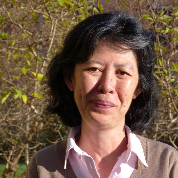 Yoke Ling Chee : Board member
