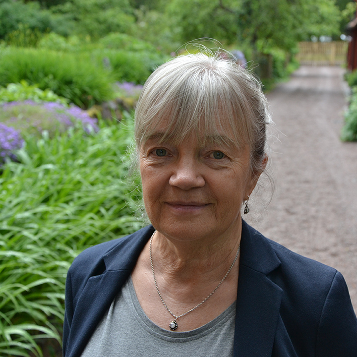 Ilse Dahl : Financial and Administrative Manager