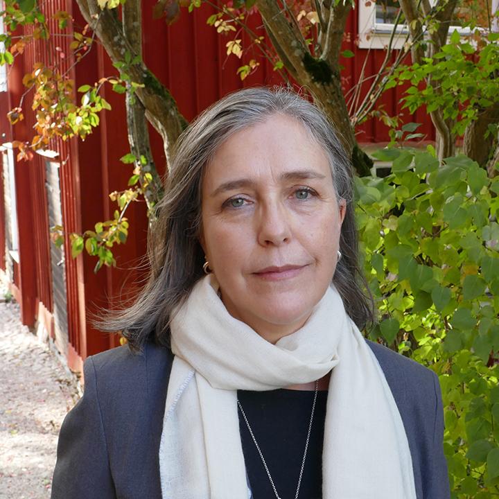 Paula Caballero : Board Member