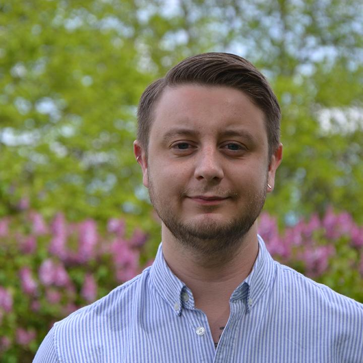 Fredrick Paulsson : Financial Aministrator
